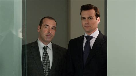 SUITS/スーツシーズン1第8話「模擬裁判」あらすじと感想|連続